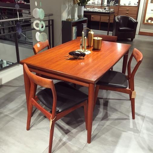 Esstisch_Dining_table_Grete_Jalk_aus_Bares_fuer_Rares_1