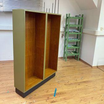Bookcase_Buecherregal_khakigruen_Moebelaktivistin_4