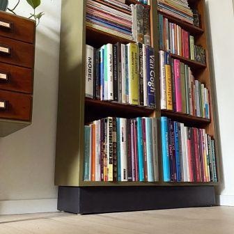 Bookcase_Buecherregal_khakigruen_Moebelaktivistin_8